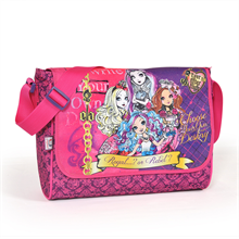 Yaygan 22556 Ever After High Postacı Çantası